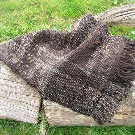 Zwartble and Jute Throw